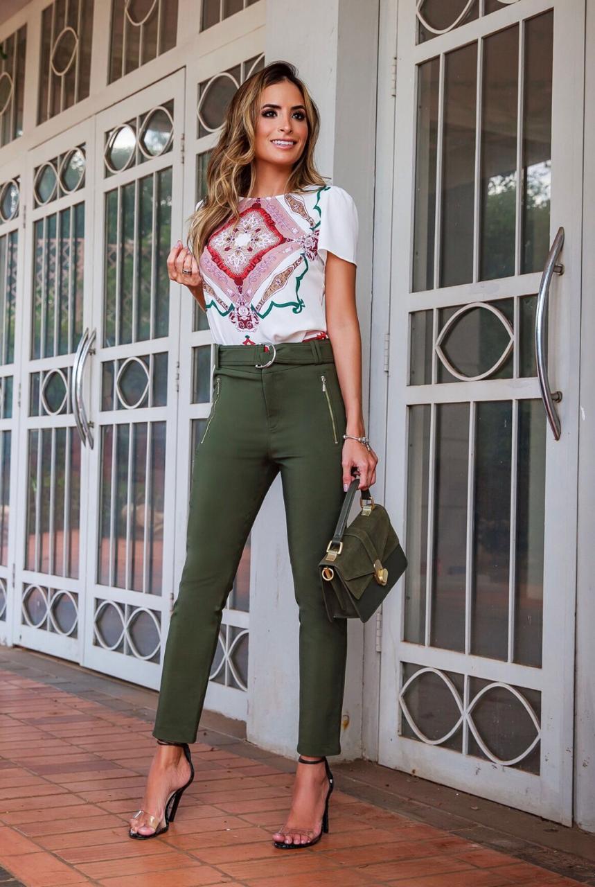 Calça Marisa Skinny Sarja Cinto 4% elastano Cores Preto, Terra e Verde