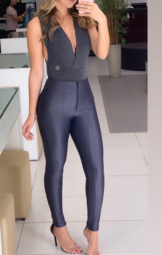 Calça Morina Power Com Zipper Frontal Skinny Cores Cinza Chumbo, Preto, Verde Militar e Marinho
