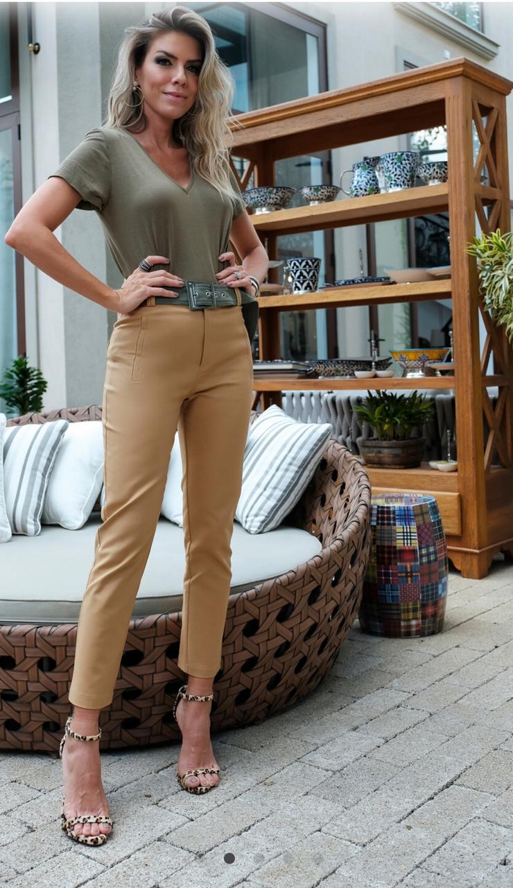 Calça Unique Alfaiataria + Cinto Contraste  3% Elastano