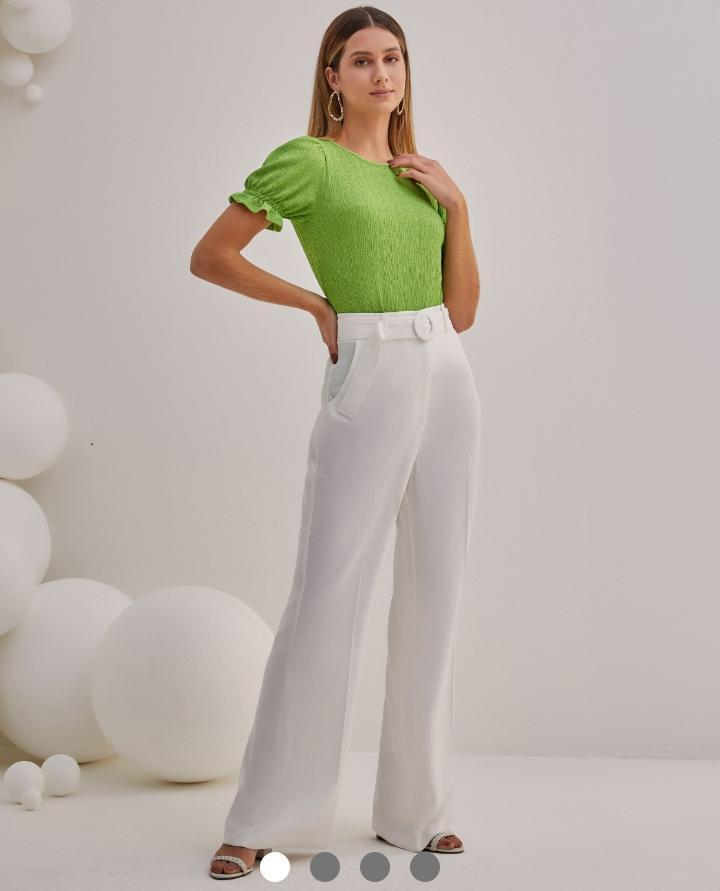 Calça Unique Crepe Alfaiataria Pantolona + Cinto Detalhe Fivela Redonda