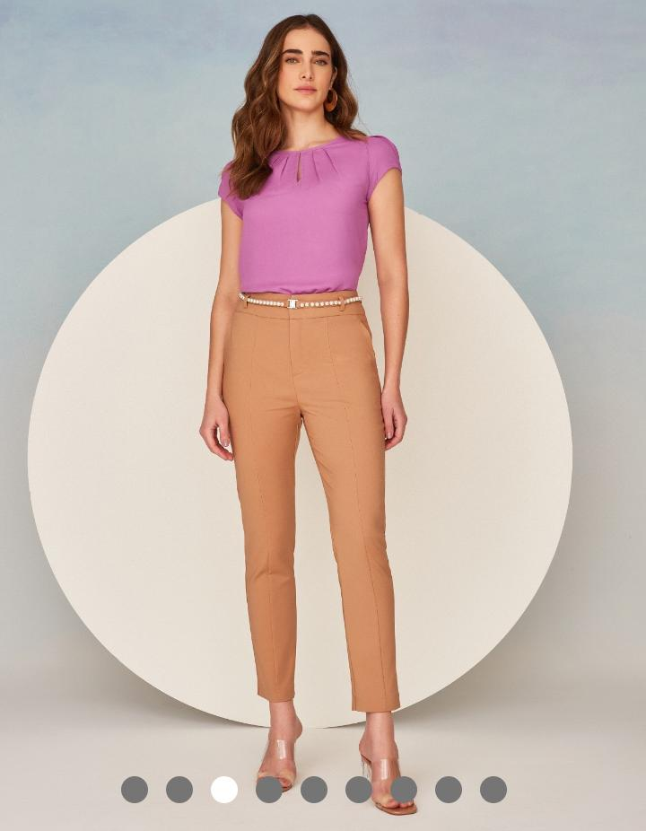 Calça Unique Sarja Alfaiataria Skinny Detalhe Cinto Perolas 4% Elastano