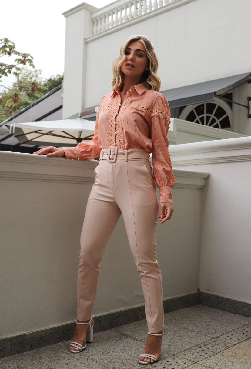 Calça Unique Skinny Com Cinto 50% Algodão, 46% Poliamida e 4% Elastano