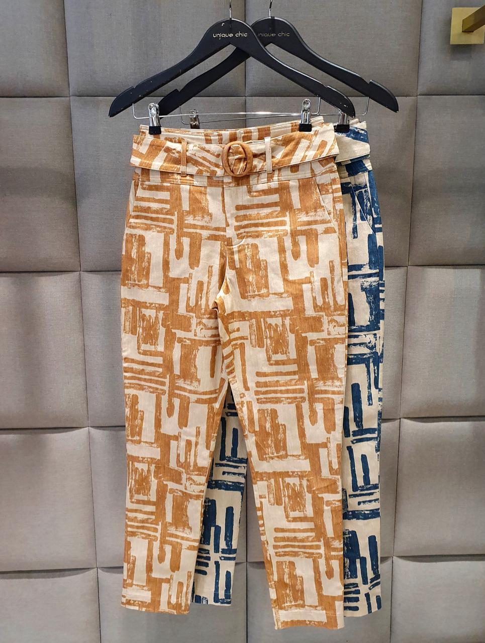 Calça Unique Skinny Sarja Print + Cinto 2% Elastano