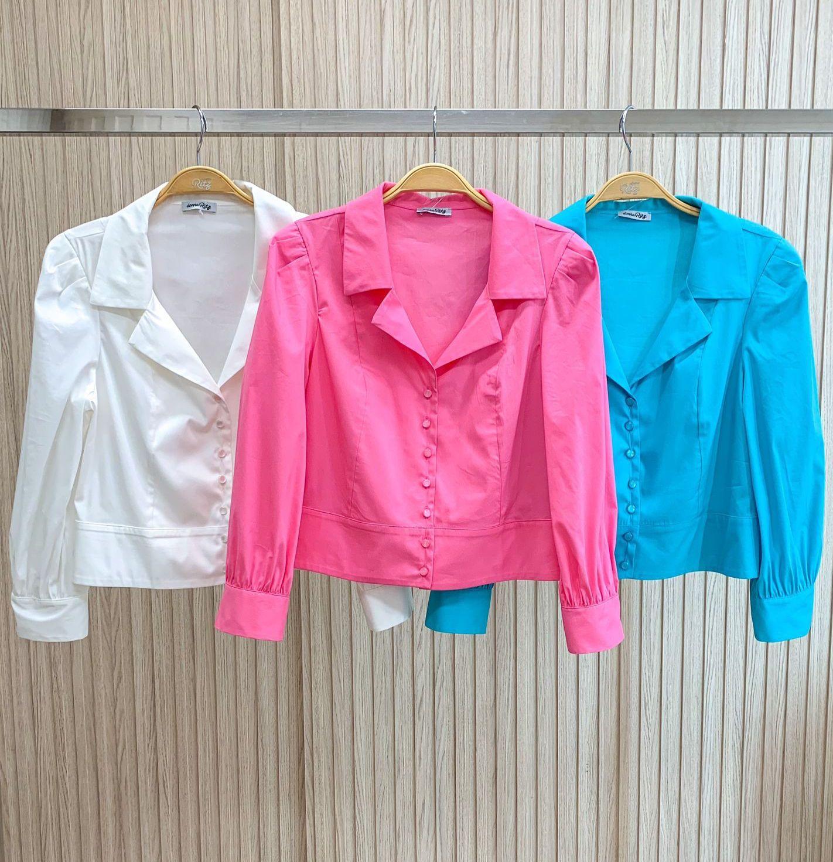Camisa Betina Tricoline Cropped Manga Bufante Detalhe Pala Barra 4% Elastano