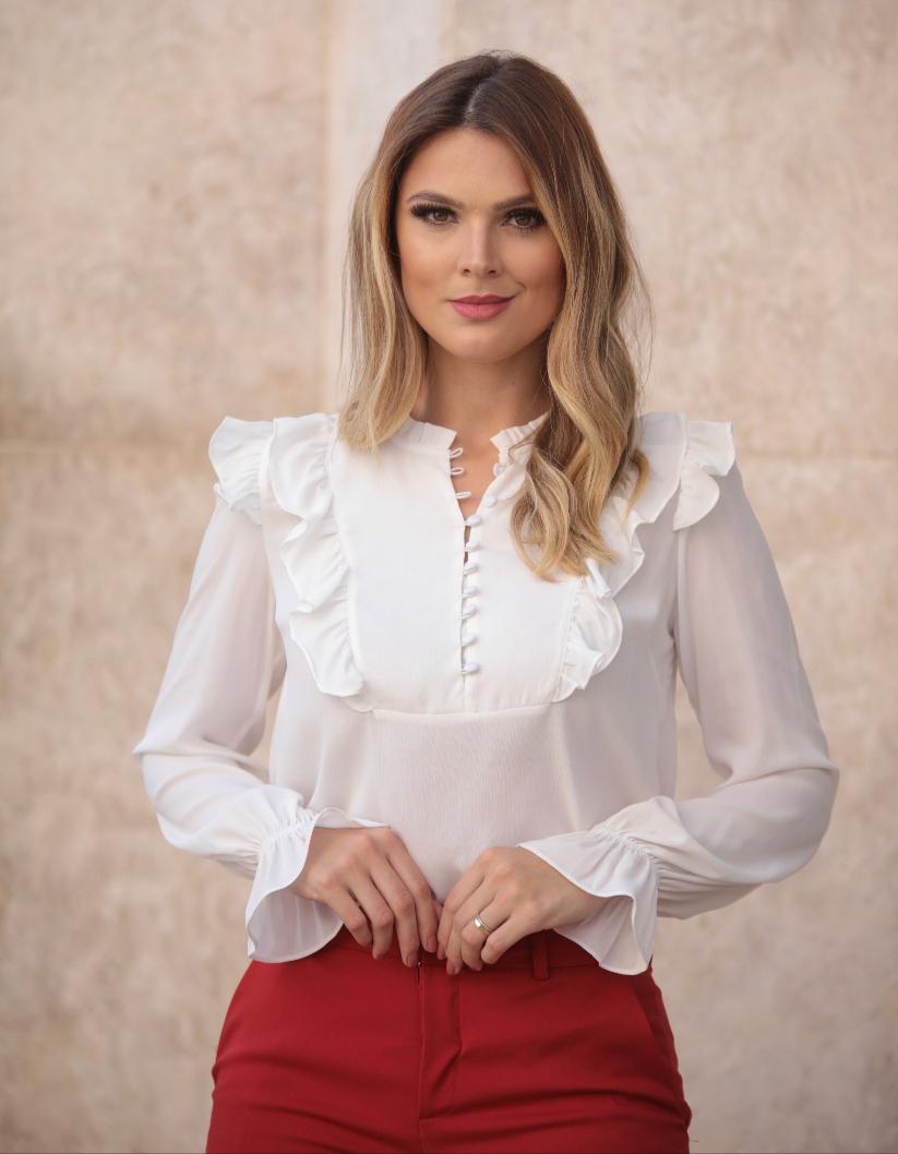 Camisa Ellen Crepe Babados Com Botão Forrado