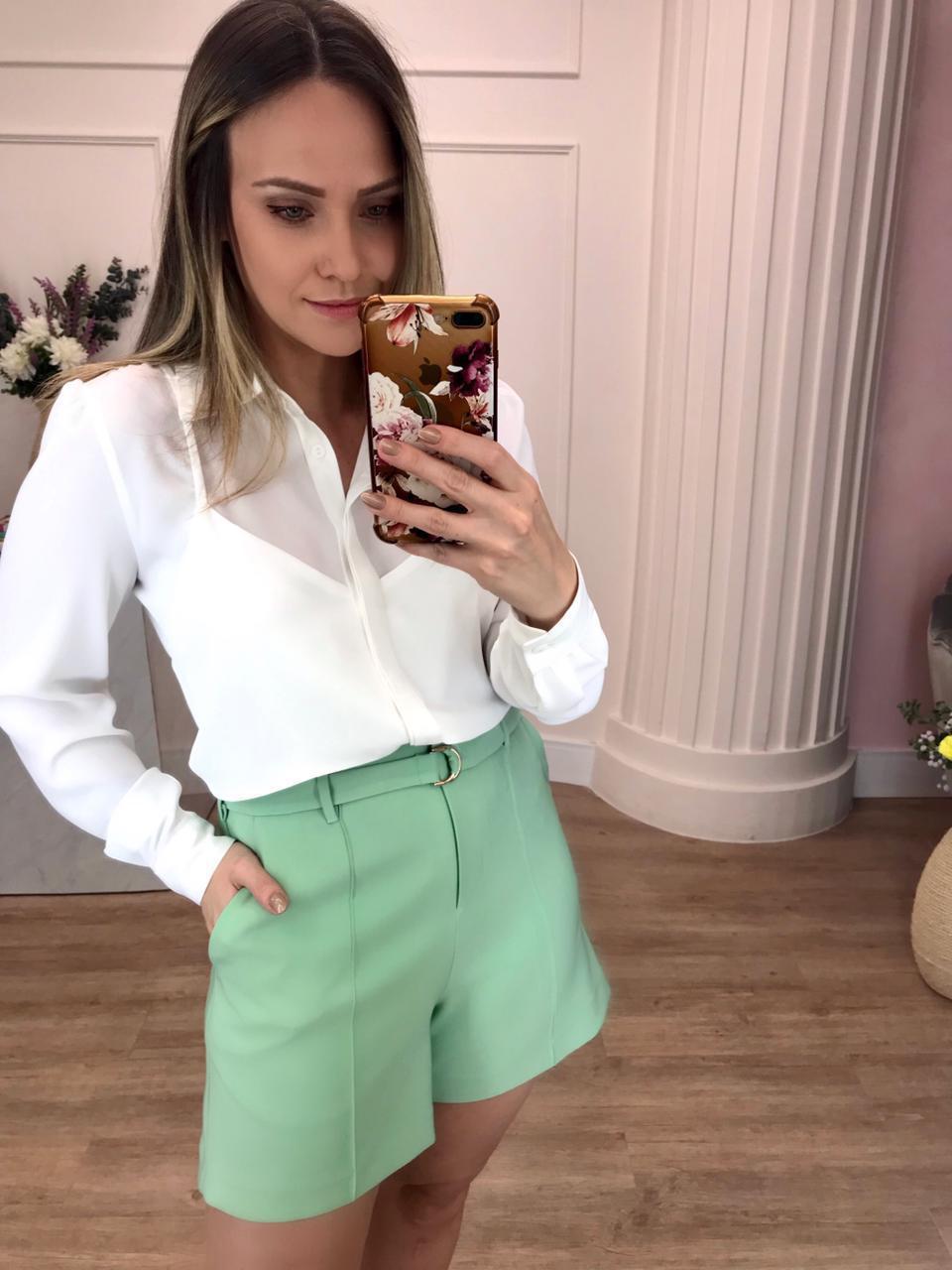 Camisa Joice Crepe Lisa Detalhe Top Alcinha Sobreposto