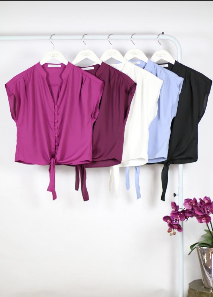 Camisa Lais Crepe Detalhe Botões Forrados Amarração Frontal