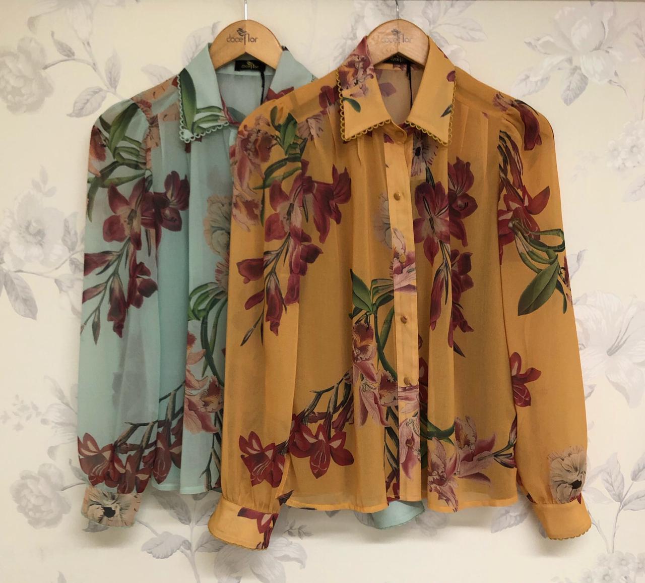Camisa Laura Crepe Floral Detalhe Renda Gola