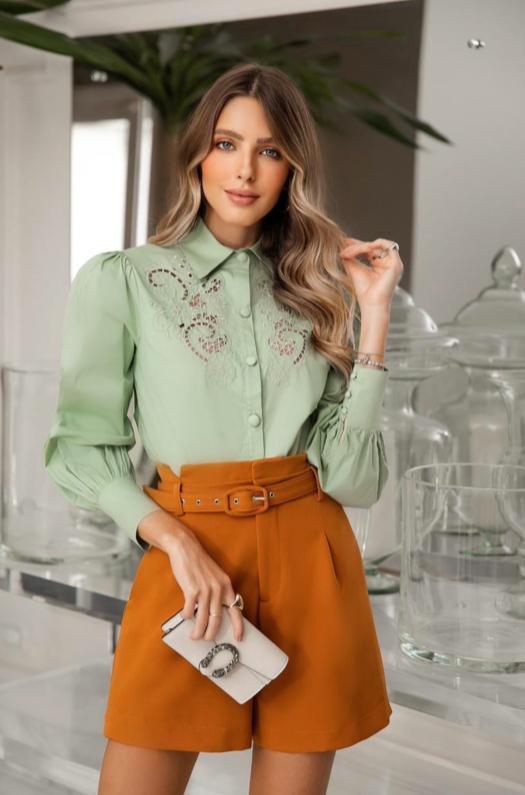Camisa Nicole  Tricoline Bordada
