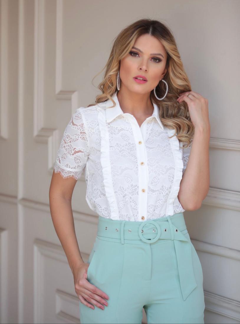 Camisa Melissa Renda Detalhes Em Crepe MG Curta