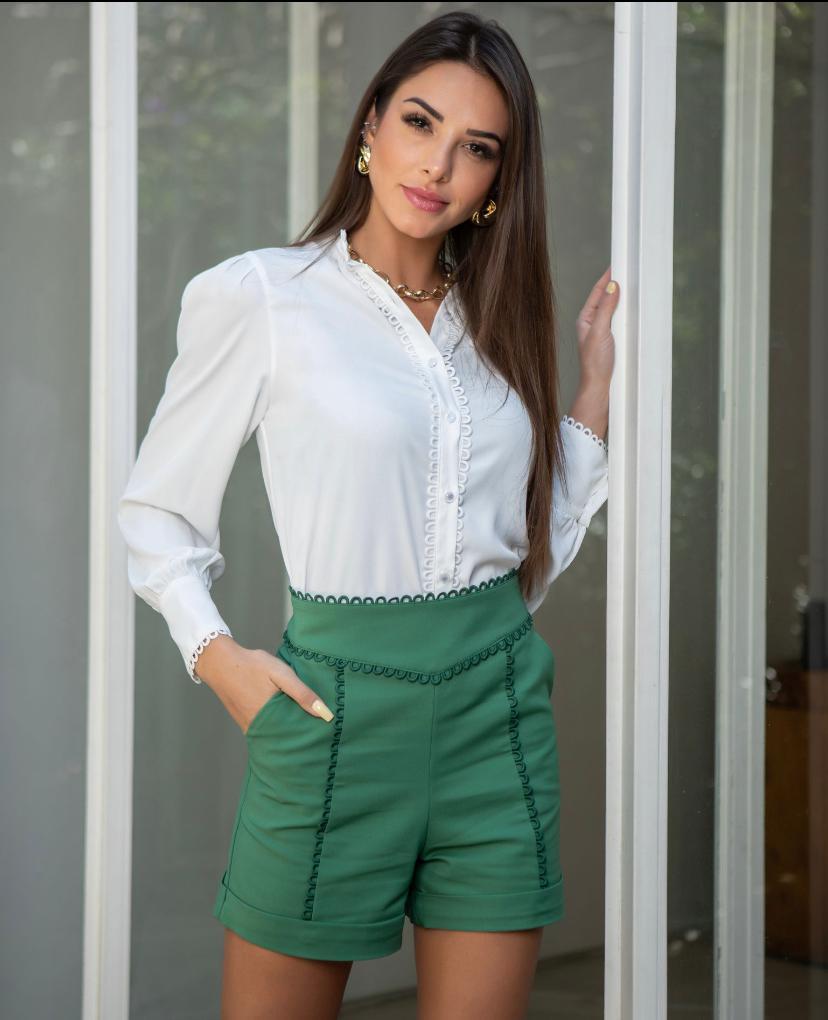 Camisa Paula Crepe Detalhe Renda