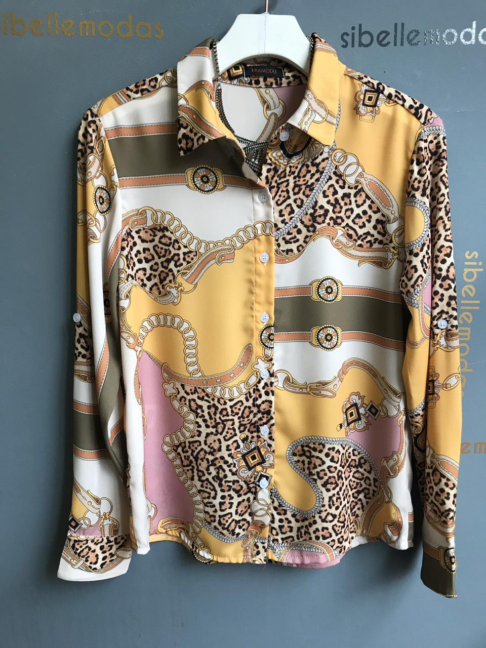 Camisa Rafaela Crepe Print Correntes