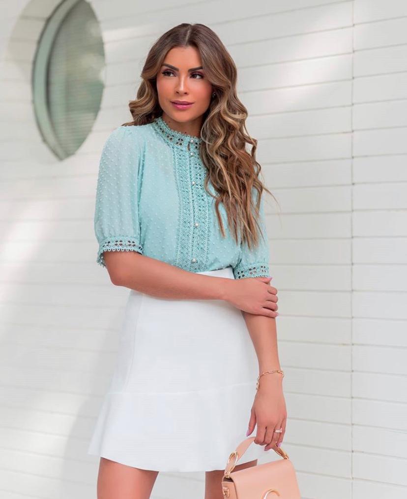 Camisa Samara Crepe Com Detalhe em Renda + Regata