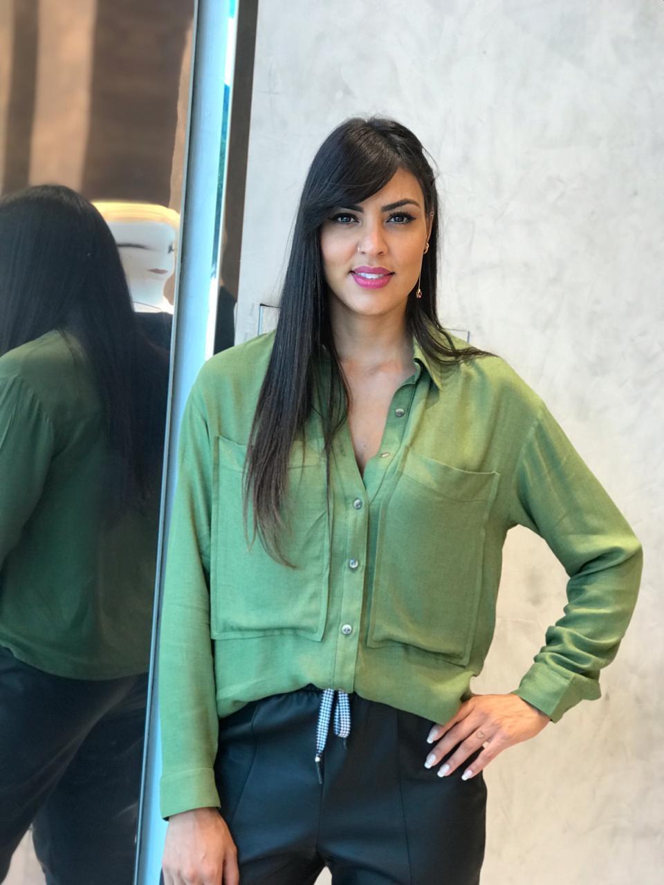 Camisa Sara Maxi Bolso Viscose