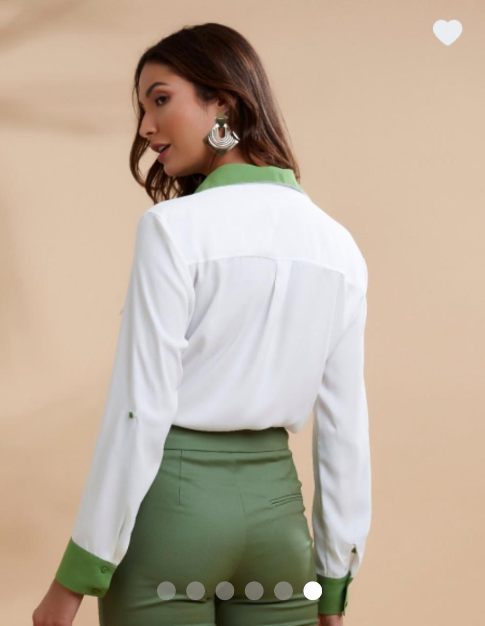 Camisa Teodora Crepe Bicolor Cores Off e Verde