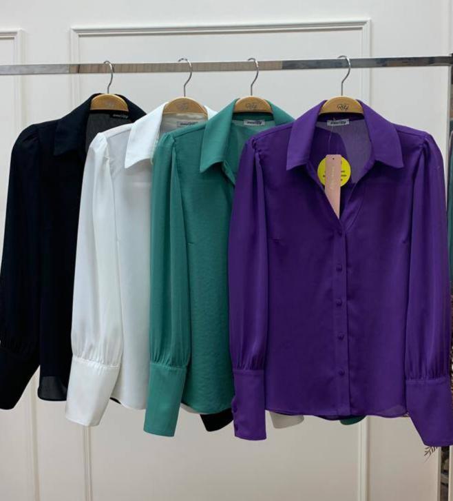 Camisa Thais Crepe Detalhe Maxi Punho Abotoação Lateral