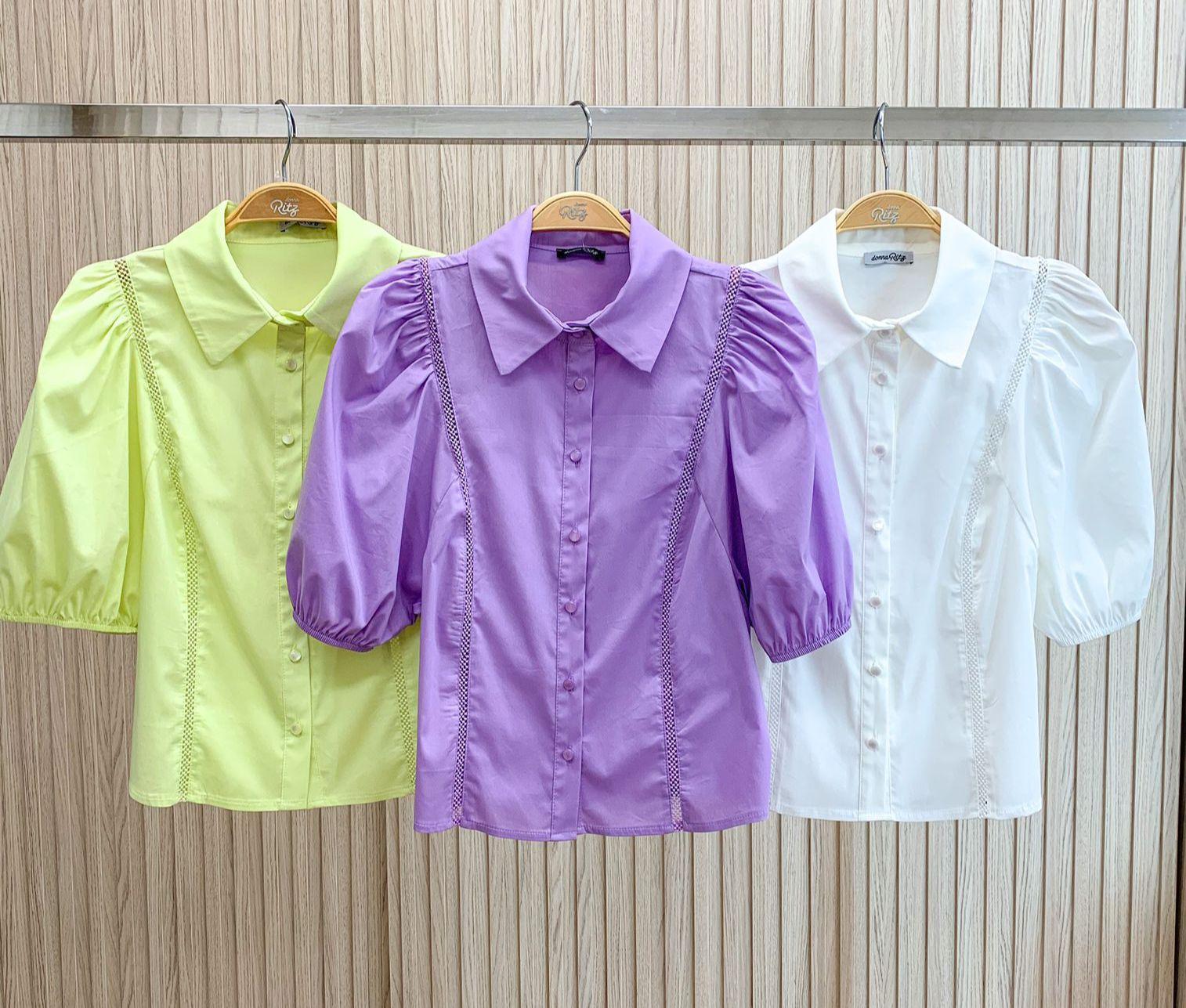 Camisa Virginia  Tricoline Detalhe Entremeios Botões Perolados 4% Elastano