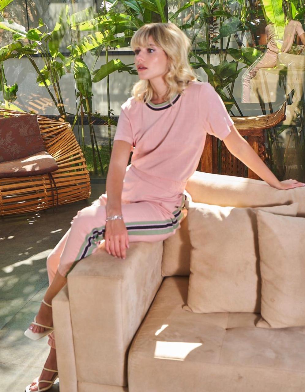 Conjunto Barbie Viscose  3% Elastano  (Calça Forrada)