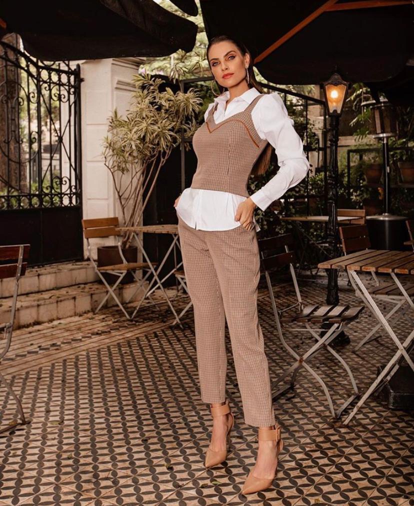Conjunto Fernanda Xadrez Com Detalhe Em Couro 4% Elastano (Não Acompanha Camisa)
