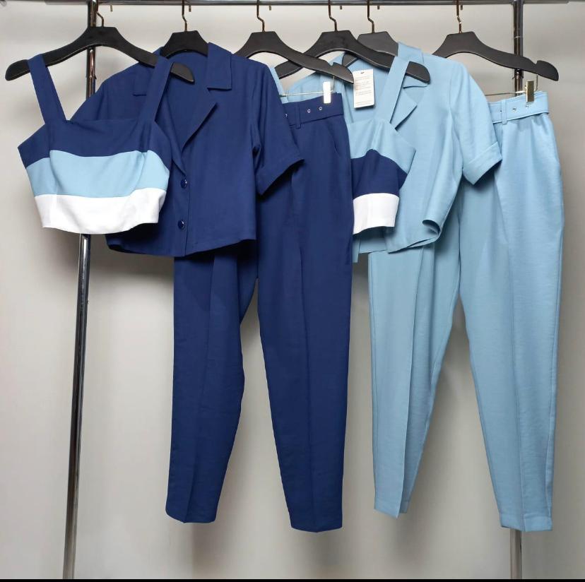 Conjunto Marina Alfaiataria  Com Cropped Listrado Spencer e Calça