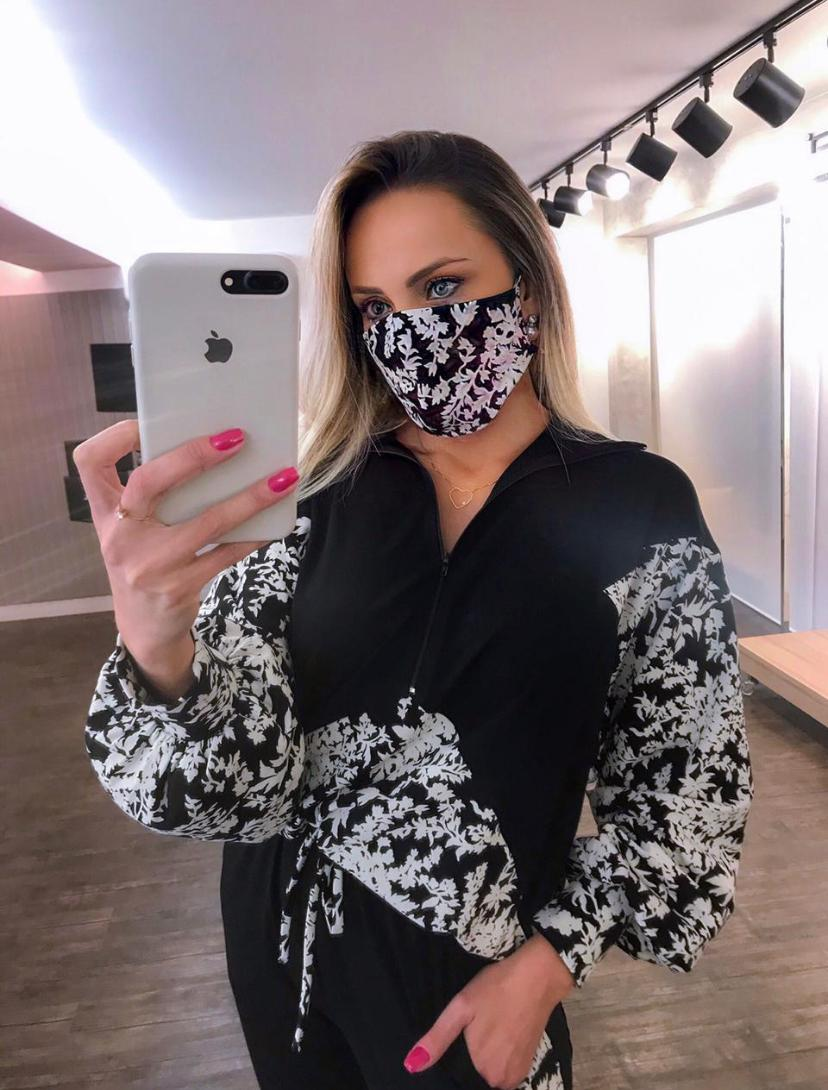 Conjunto Morina Moletinho   Floral  Acompanha Mascara
