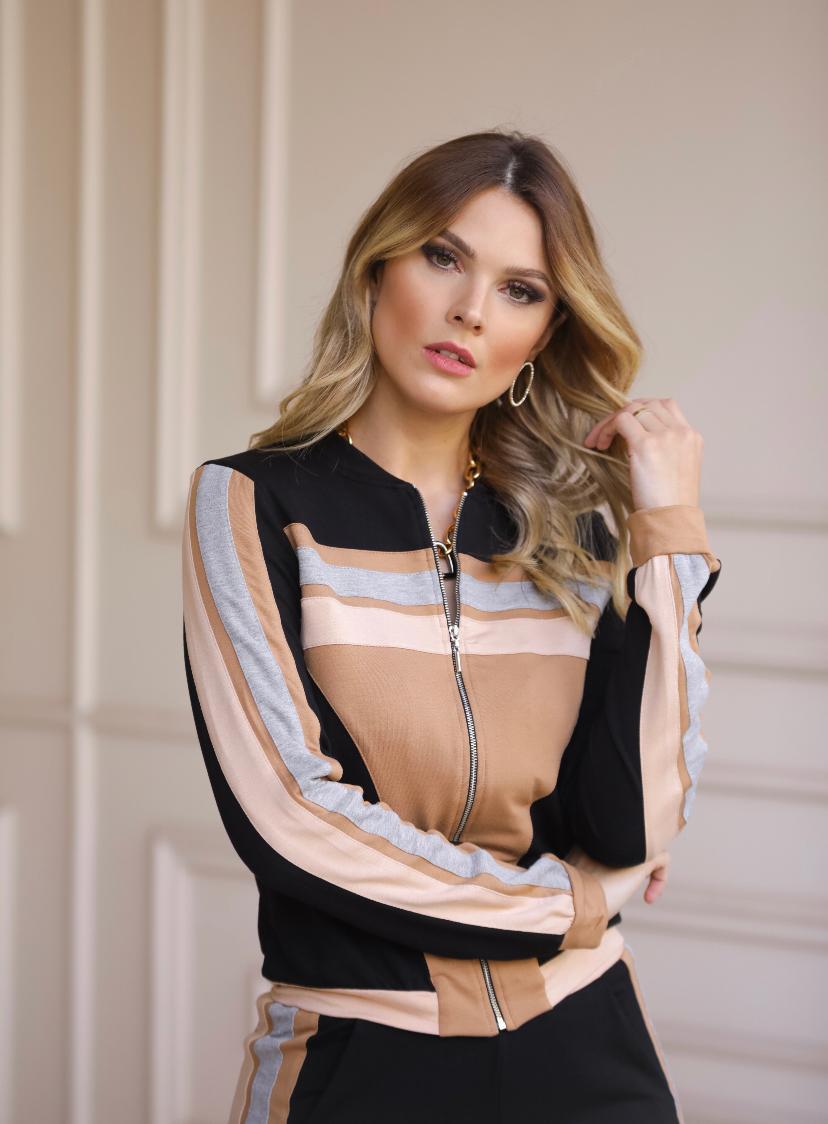 Conjunto Nicole Moletinho com Recortes Acompanha Mascara (blusa e Calça)