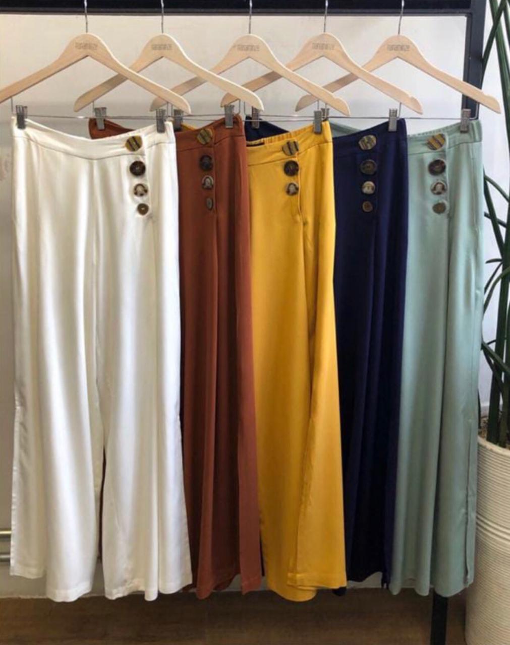 Calça Pantalona Karine  Sarja Cores:Preta,Mostarda,Marinho,Verde e Terra