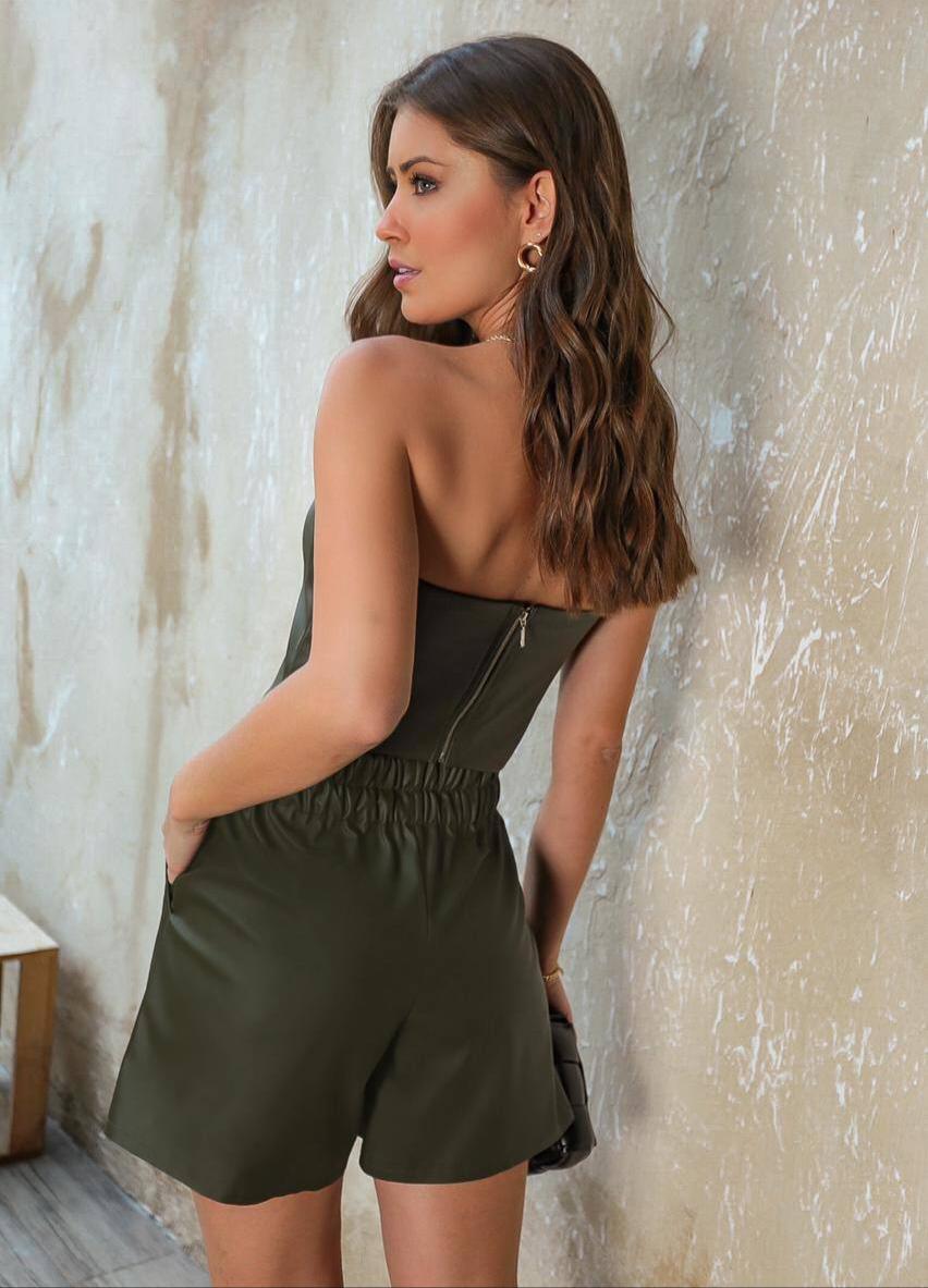 Shorts Fabiana Couro Like Cós Elastico Detalhe Bolsos Faca Laterais