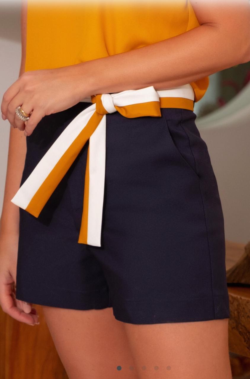 Shorts Janete Alfaiataria Faixa Bicolor