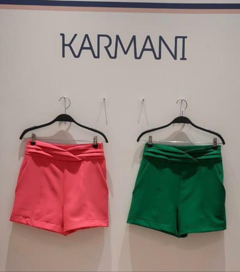 Shorts Karmani Alfaiataria Detalhe Prega cós
