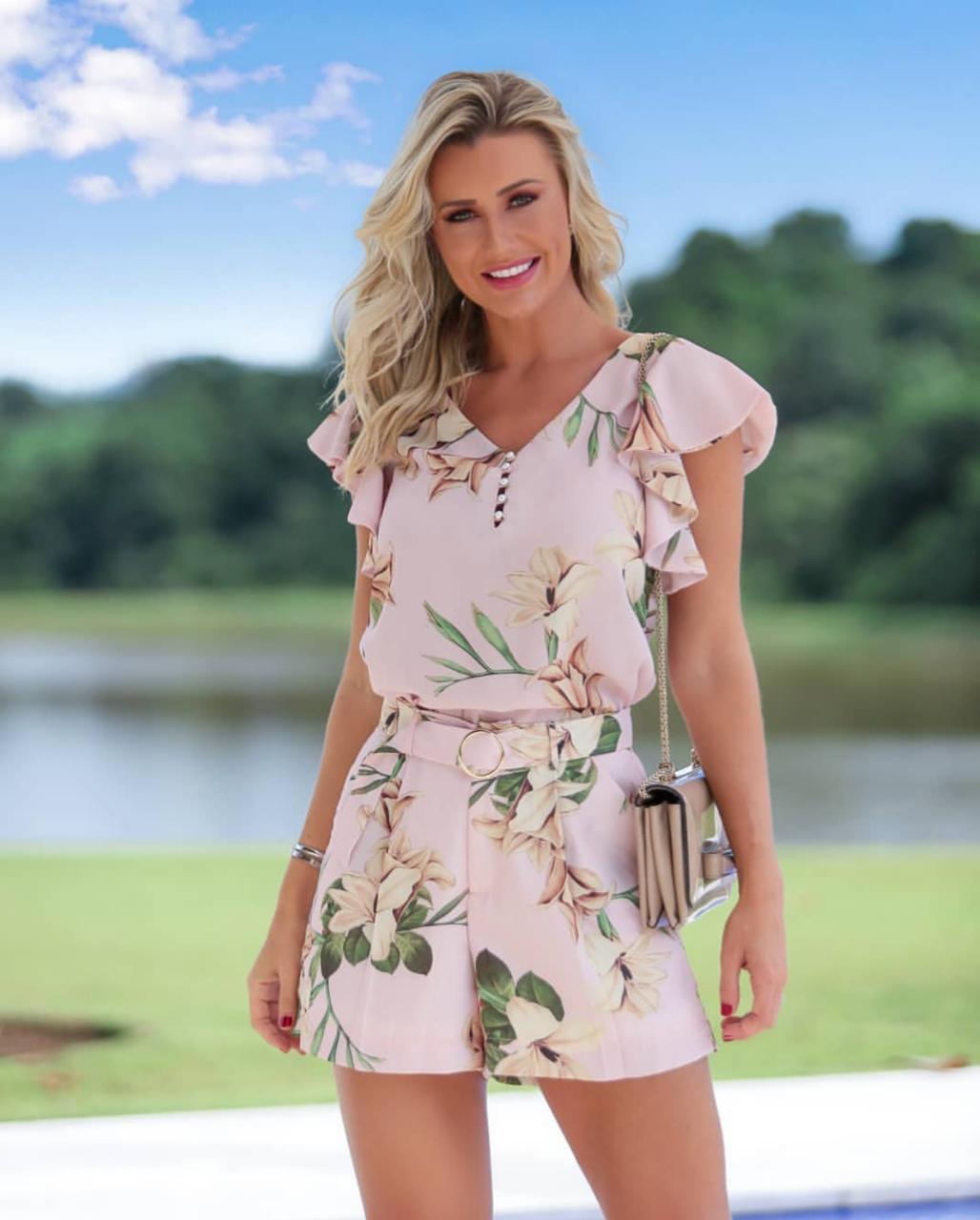 Shorts  Luana Crepe  Floral + Cinto Cores Verde e Rosa