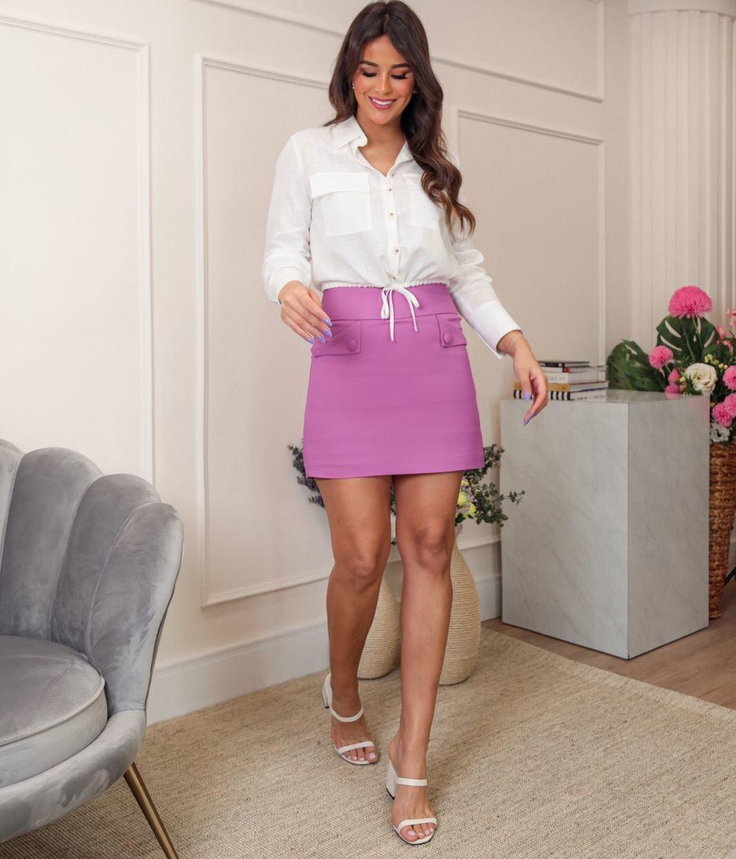 Shorts Saia Helena Pala Larga Cintura Detalhe Bolsos Botões 50% Algodão 47% Poliamida 3% Elastano
