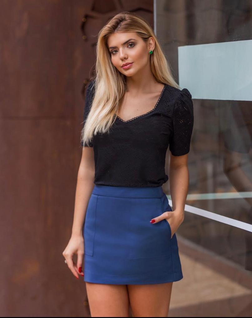 Shorts Saia Juliana Alfaiataria Bolsos (46% Poliamida, 4% elastano)