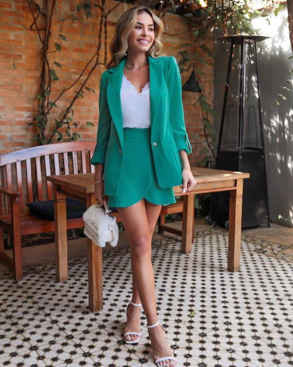 Shorts Saia Talita Clochard Alfaiataria Detalhe Frente Transpasse