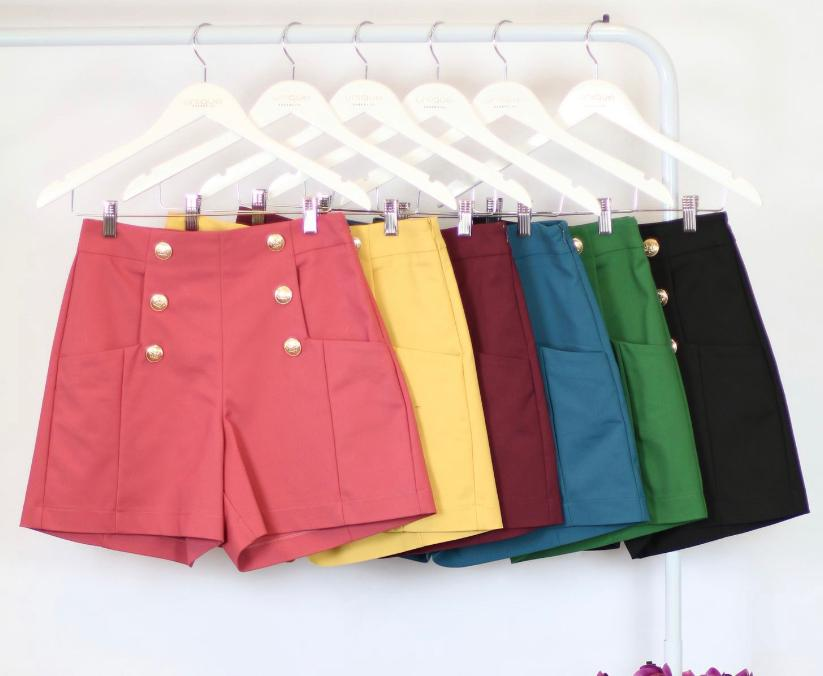 Shorts Unique Alfaiataria com botões