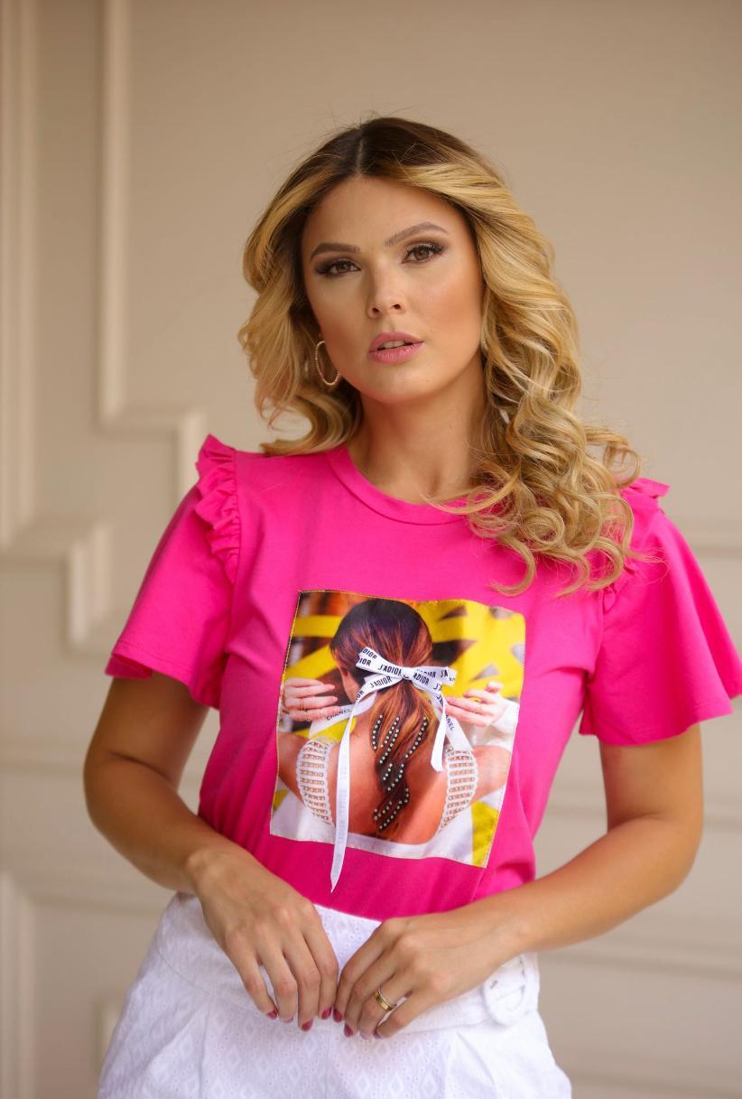 T-Shirt Alicia Aplique Cabelo Laço