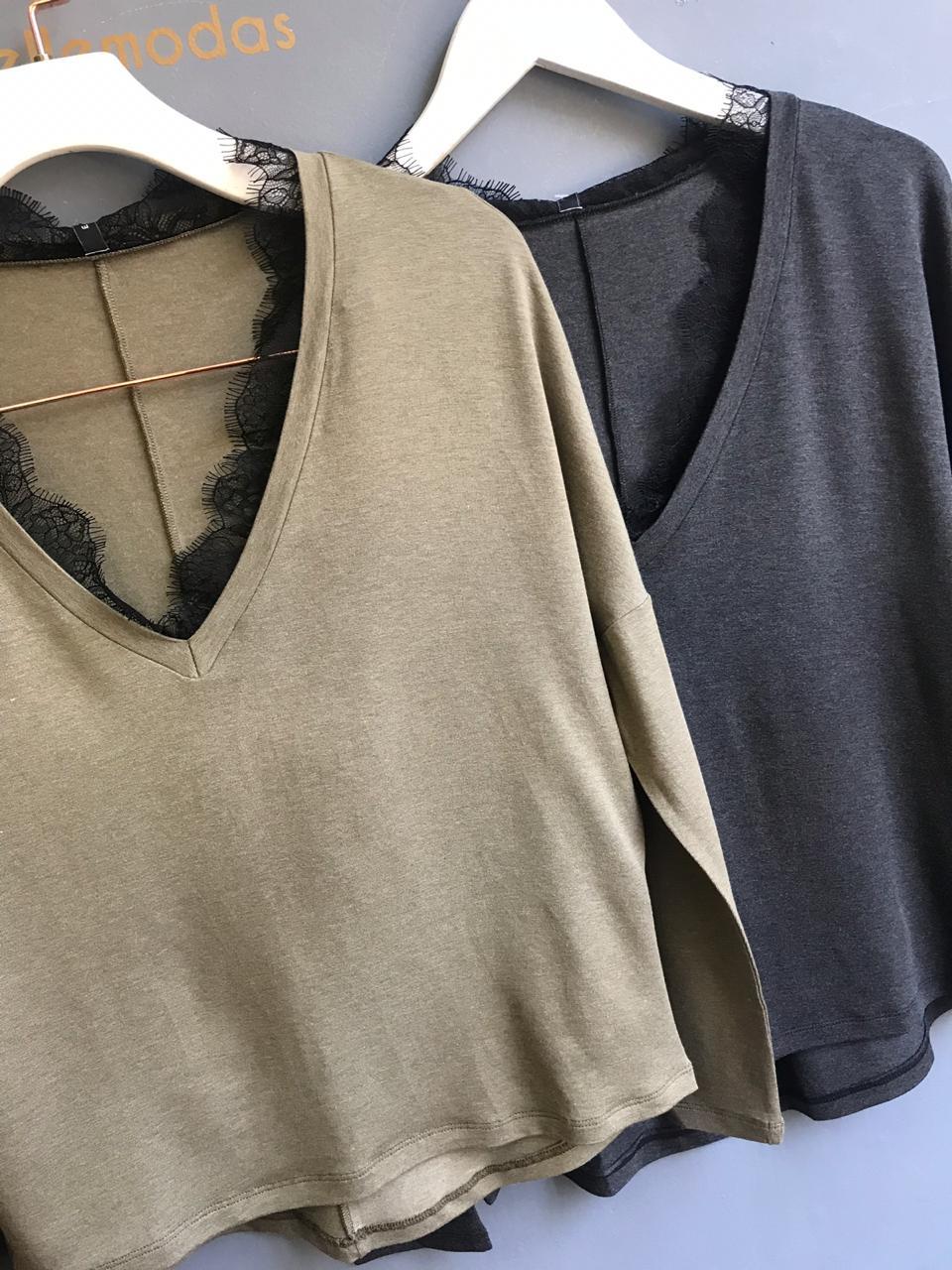 T-shirt Paula Manga Morcego Renda