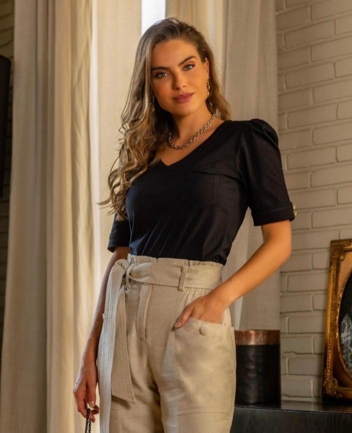 T-shirt  Isabela De Malha Viscolycra Com Botões