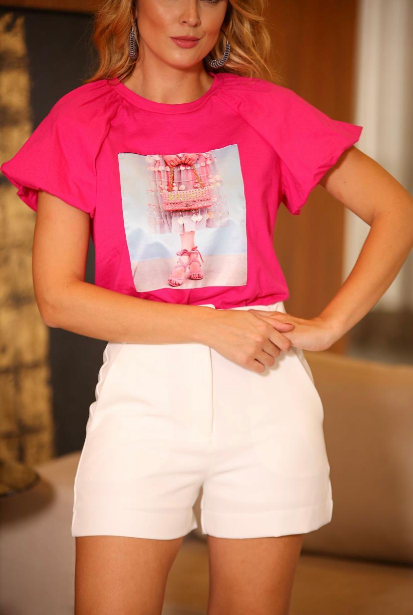 T-Shirt Isabela  Manga  Bufante Aplicação Bolsa