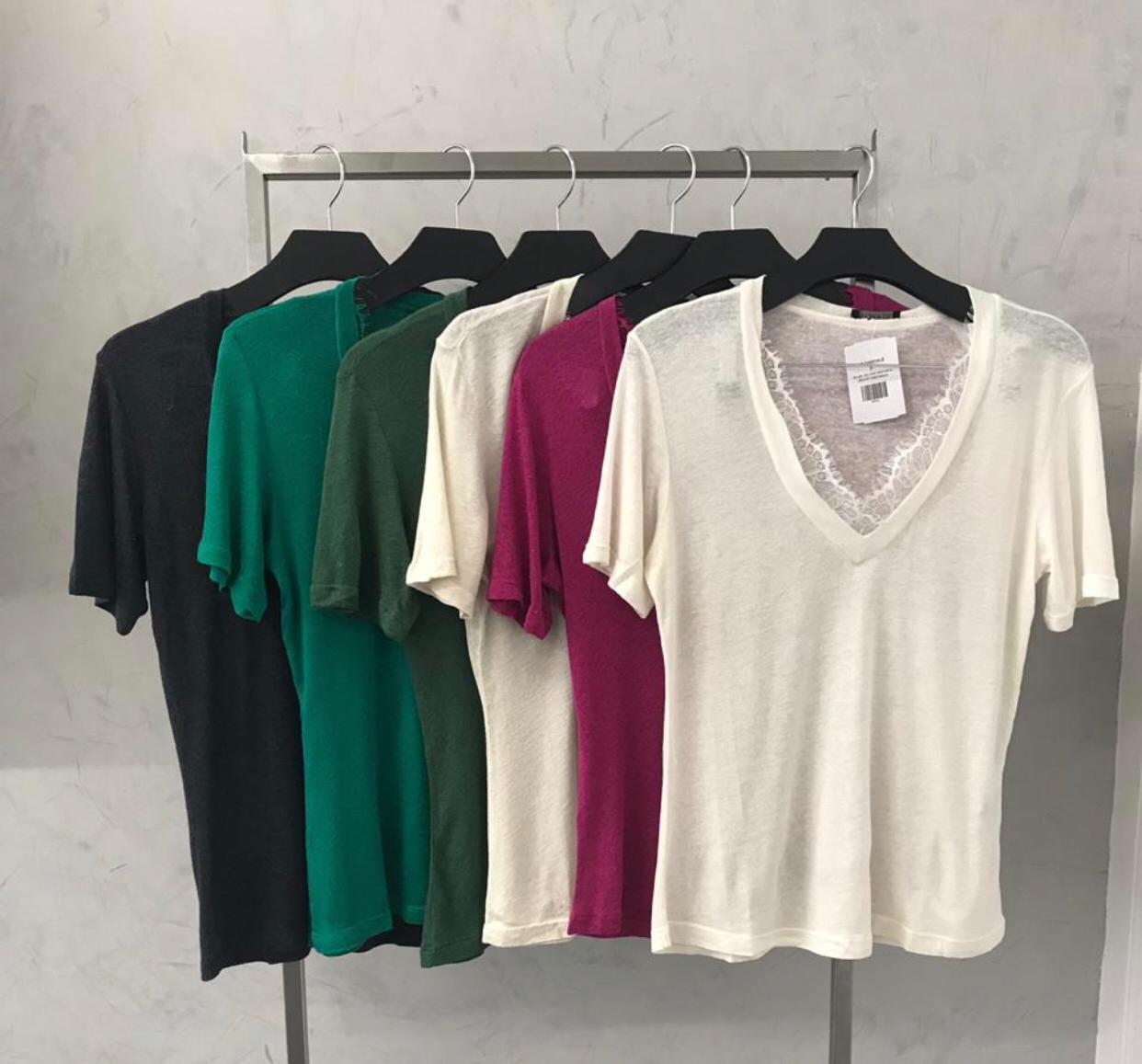 T-Shirt  La Chocole Podrinho  Detalhe em Renda no Decote