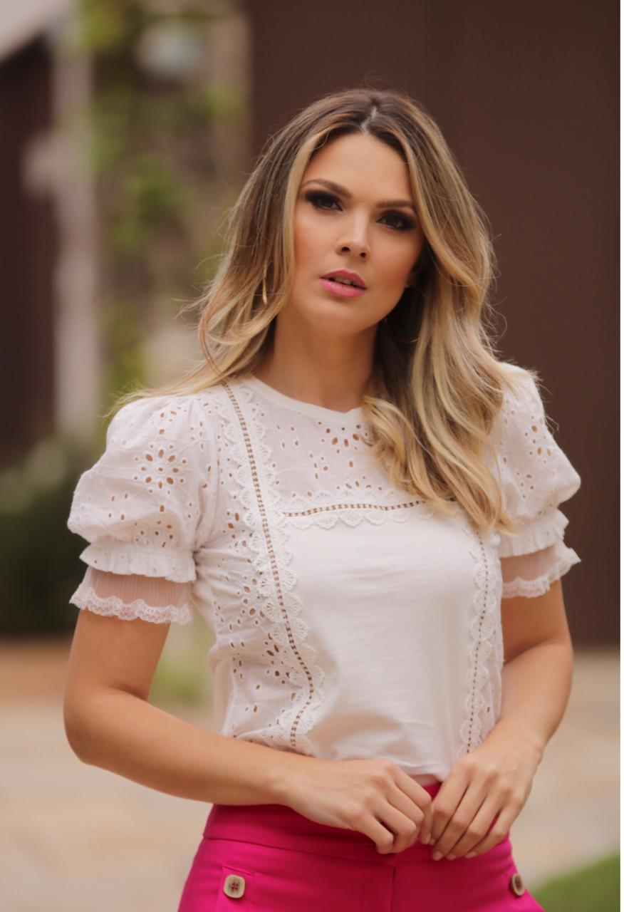 T-shirt Marcela  Detalhe Laise