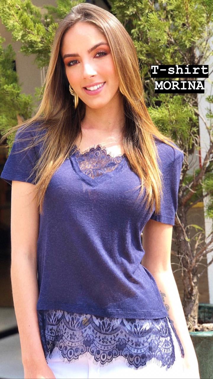 T-Shirt Morina Podrinha com Renda no Decote e  Barra