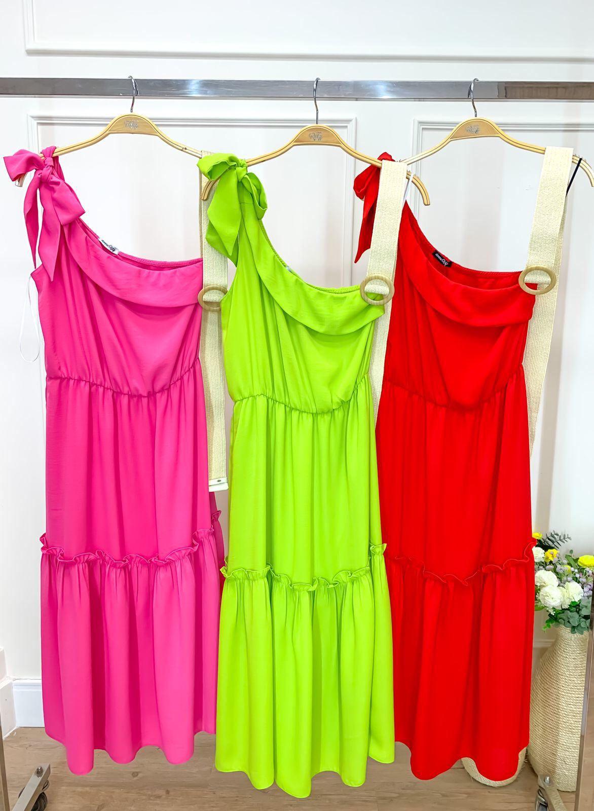 Vestido Alessandra Midi Crepe Linen (Forro) Detalhe Um Ombro Só Amarração  C/ Elástico Cintura Babados + Cinto Palha C/ Fivela Redonda