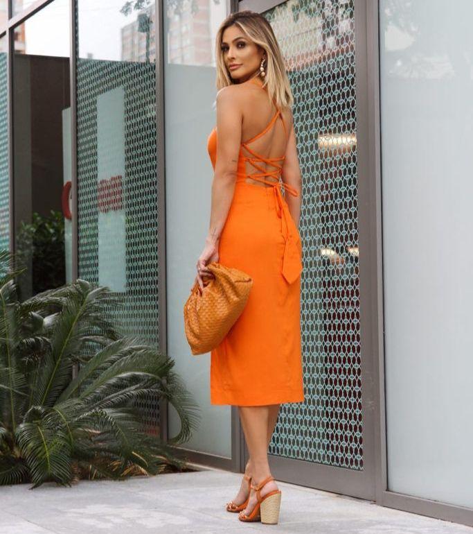 Vestido La Chocole Viscolinho Detalhe Fenda Lateral Amarração Costas 2% Elastano