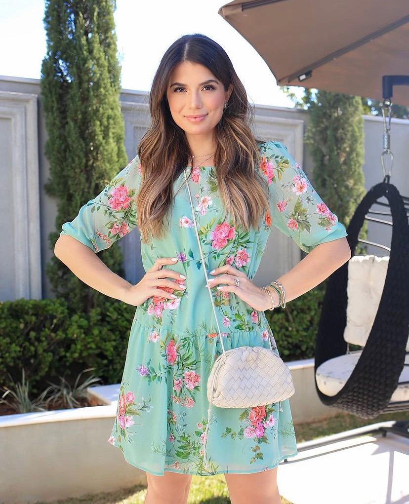Vestido Ariane Chiffon Floral Detalhe Babados  + Forro