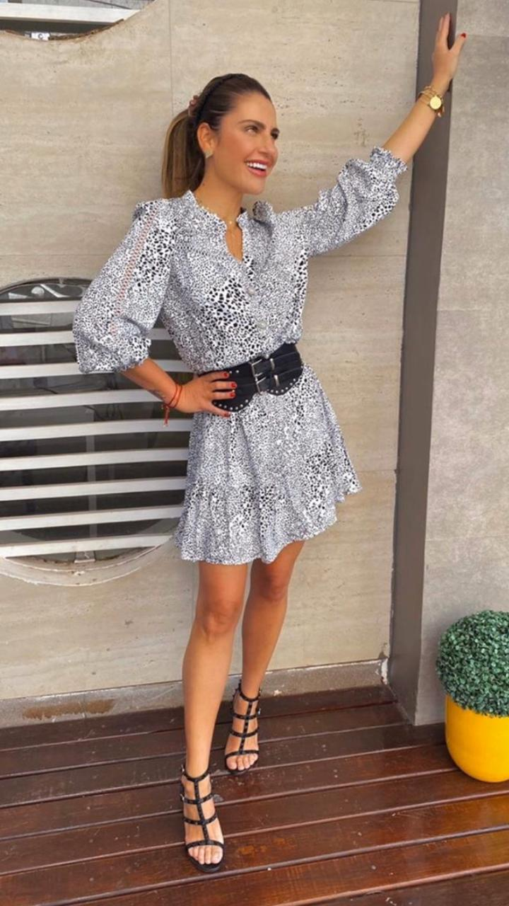 Vestido Betina Viscose Twill Manga Longa Detalhe lastex (Não Acompanha Cinto)