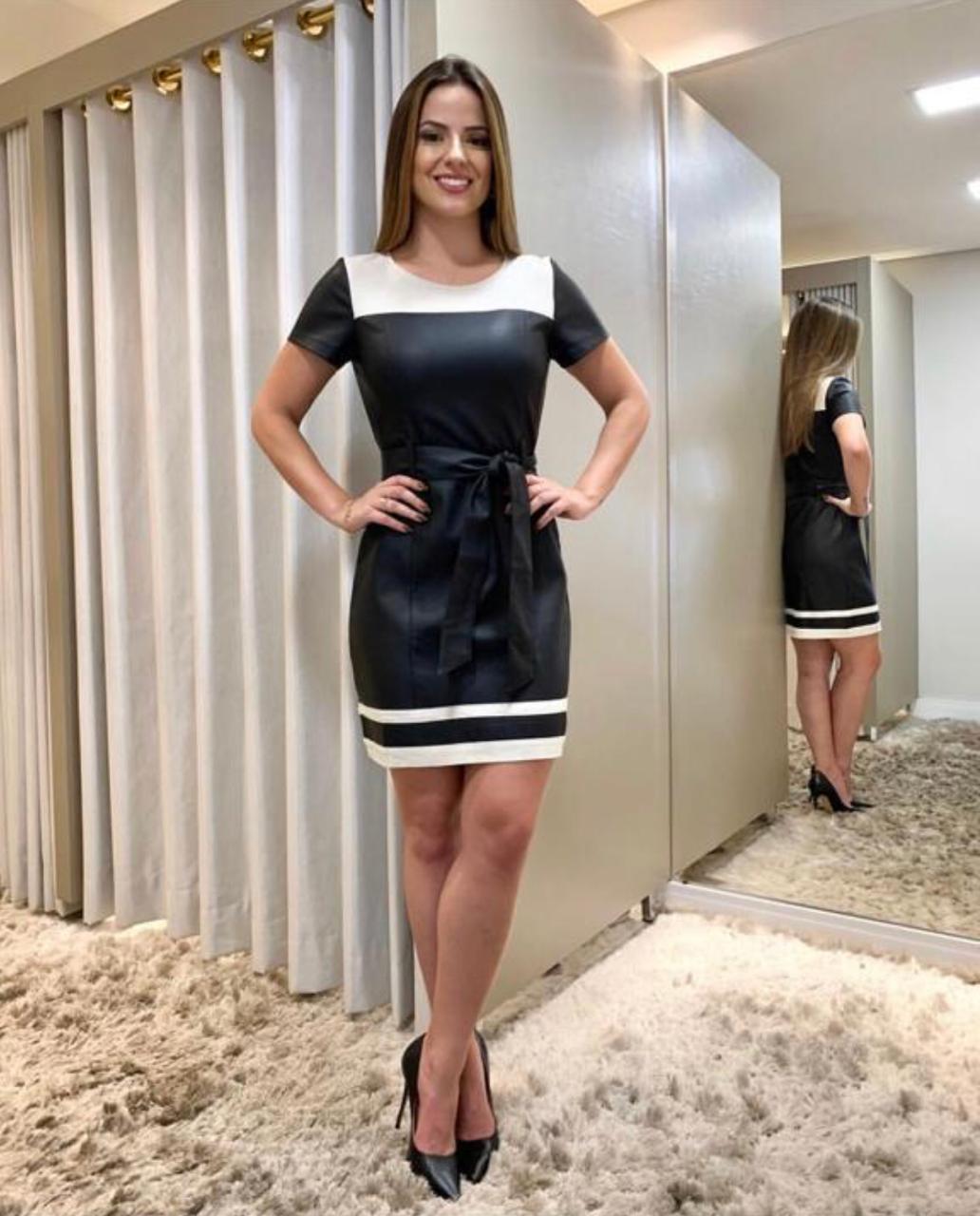 Vestido Carla Couro Detalhe Linho