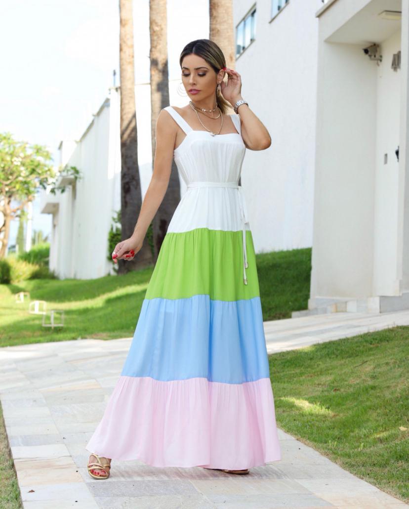 Vestido Cheroy Crepe  Longo Decote Quadrado  com faixa