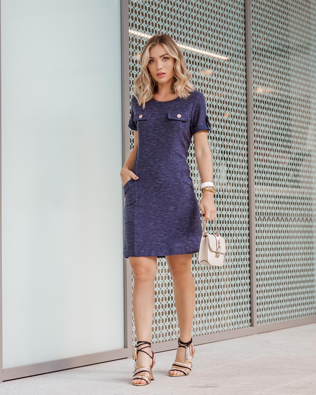 Vestido Elen Moletinho Texturizado 1% Elastano Detalhe Botões Bolsos