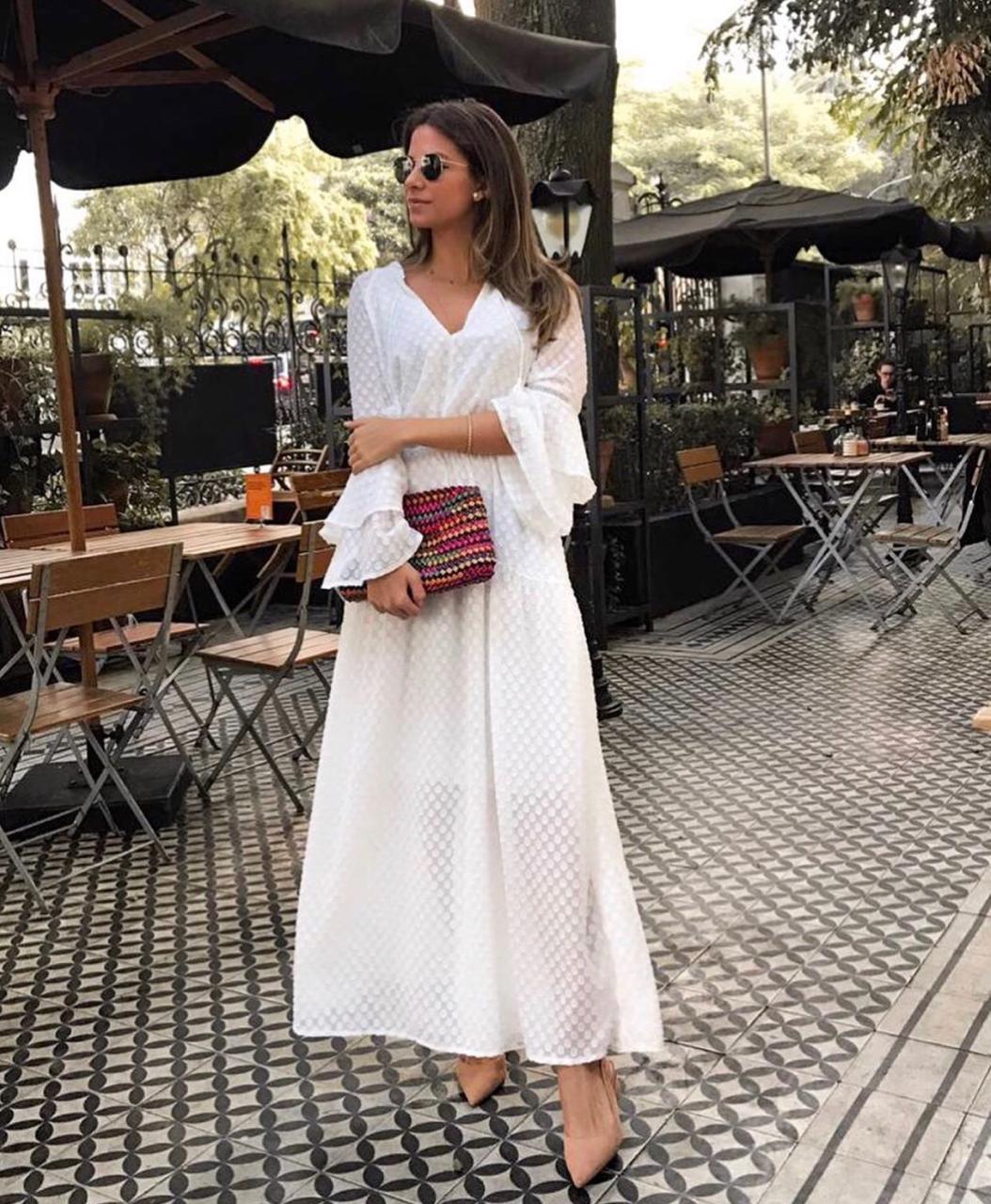 Vestido Esmeral Madri Longo Cores Off e Preto
